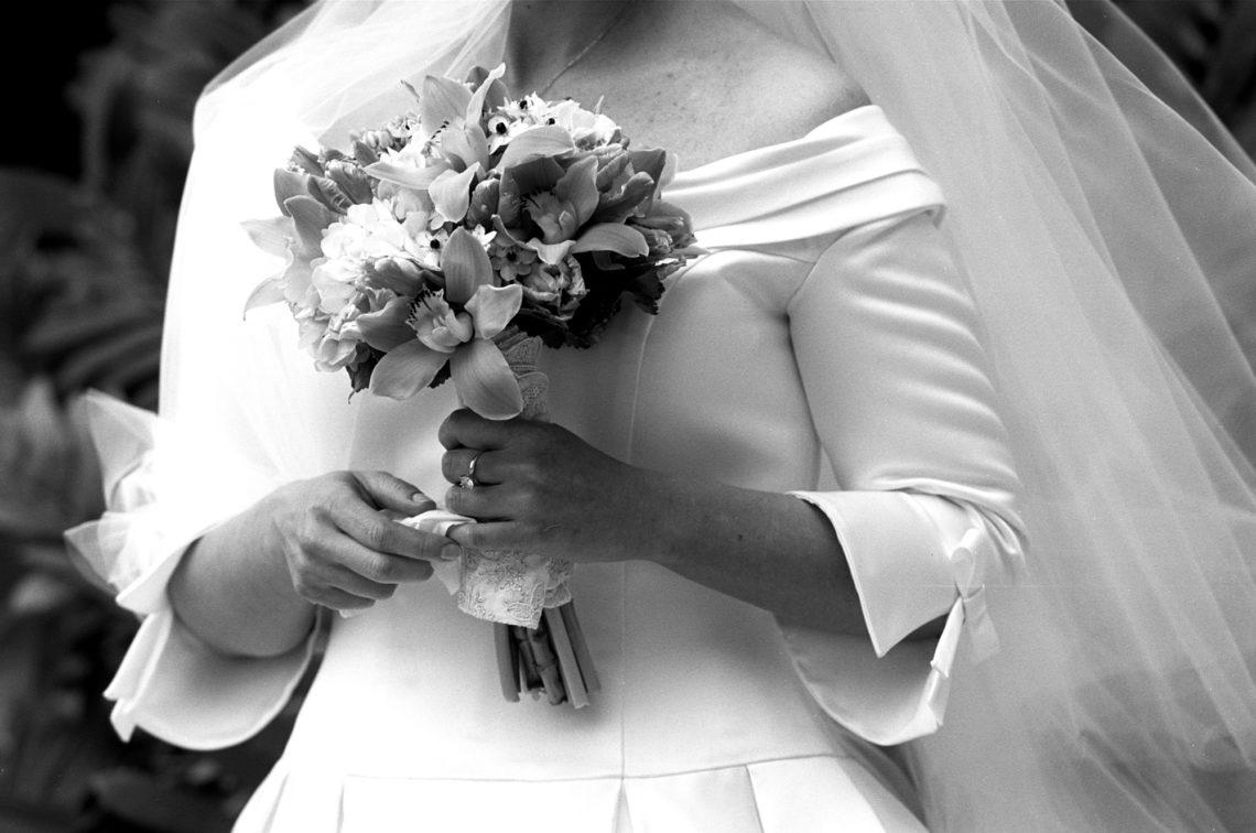 florida-jewish-001-four-seasons-key-biscayne-florida-wedding-photographer-deborah-coleman-photography-FloridaBridalFlowers_002