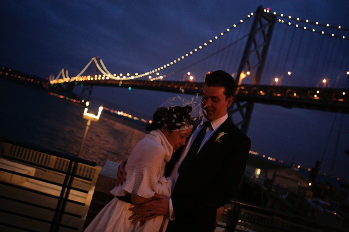 sue-chris-019-waterbar-san-francisco-wedding-photographer-deborah-coleman-photography-20100410SueKimChrisDerry19