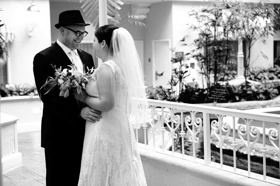 elianna-jesse-002-osher-marin-jewish-community-center-marin-wedding-photographer-deborah-coleman-photography-20100724EliannaJesse02