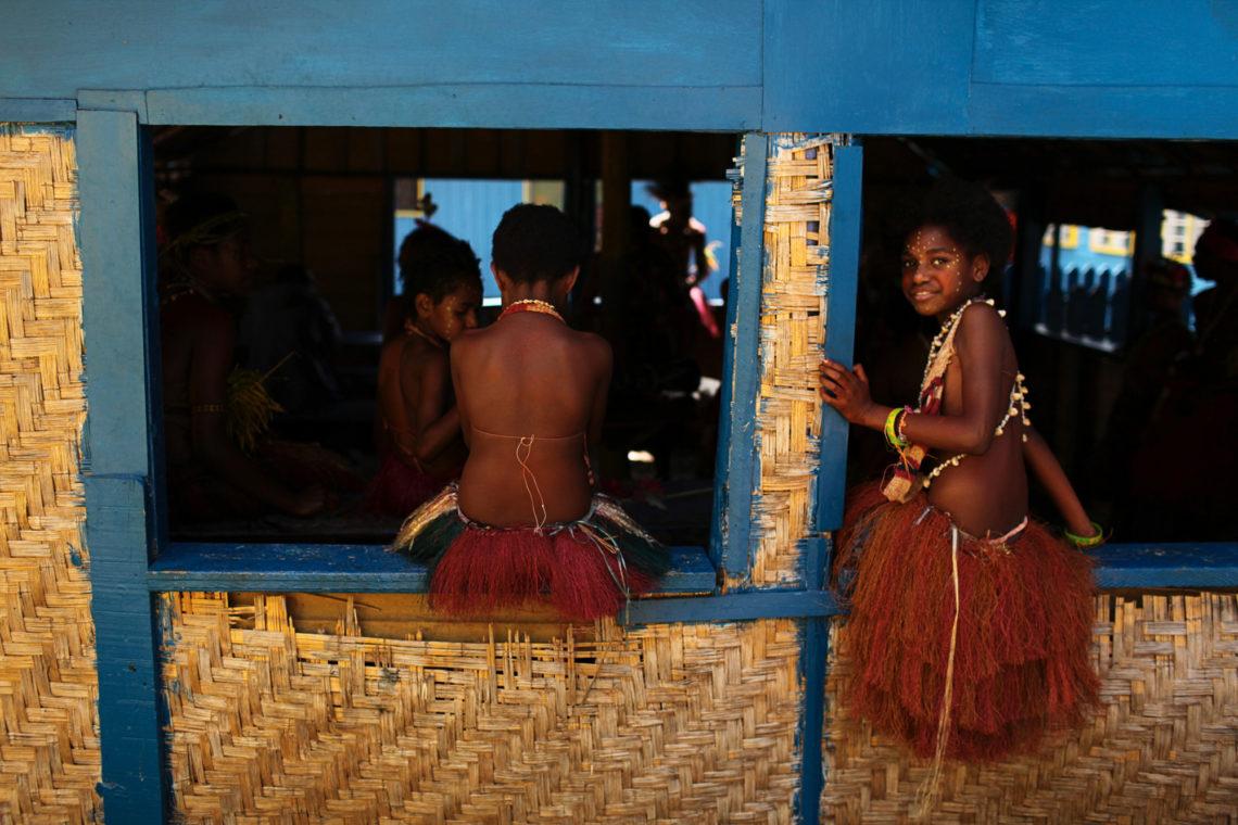 goroka-show-003-goroka-papua-new-guinea-travel-photographer-deborah-coleman-photography-20100915PapuaNewGuinea_DLC_0138