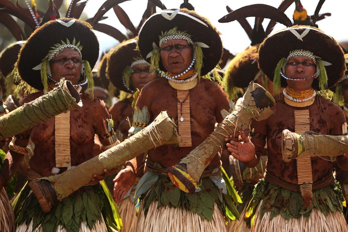 goroka-show-009-goroka-papua-new-guinea-travel-photographer-deborah-coleman-photography-20100915PapuaNewGuinea_DLC_0550