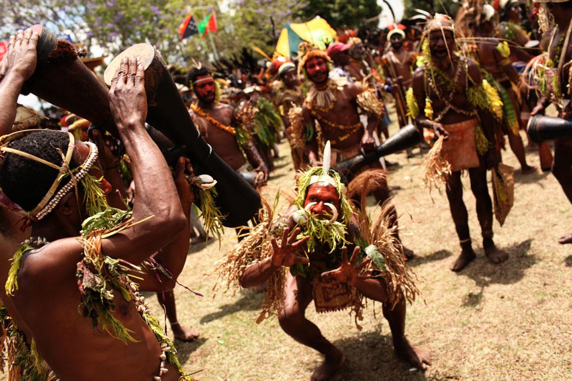 goroka-show-020-goroka-papua-new-guinea-travel-photographer-deborah-coleman-photography-20100915PapuaNewGuinea_DLC_1082