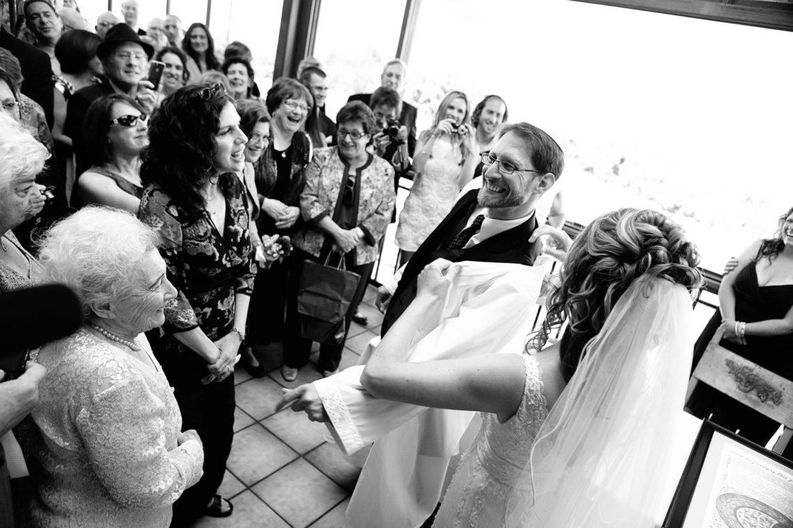 laurie-aviv-017-fogarty-winery-woodside-wedding-photographer-deborah-coleman-photography