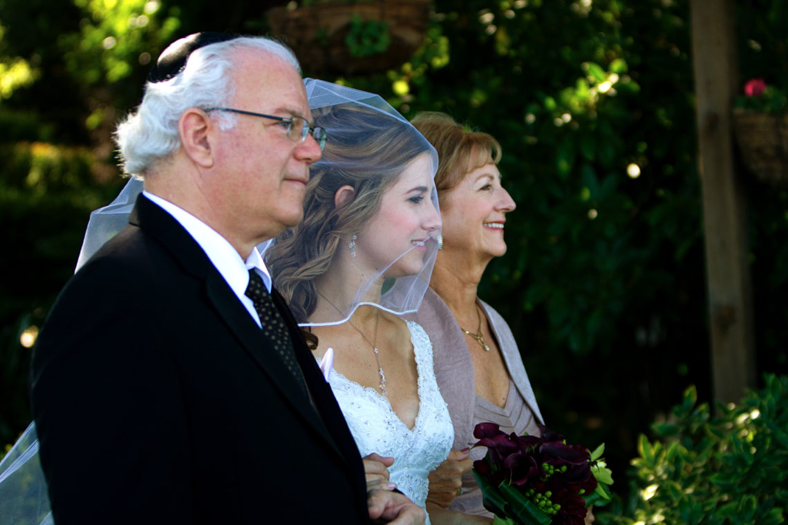 laurie-aviv-028-fogarty-winery-woodside-wedding-photographer-deborah-coleman-photography