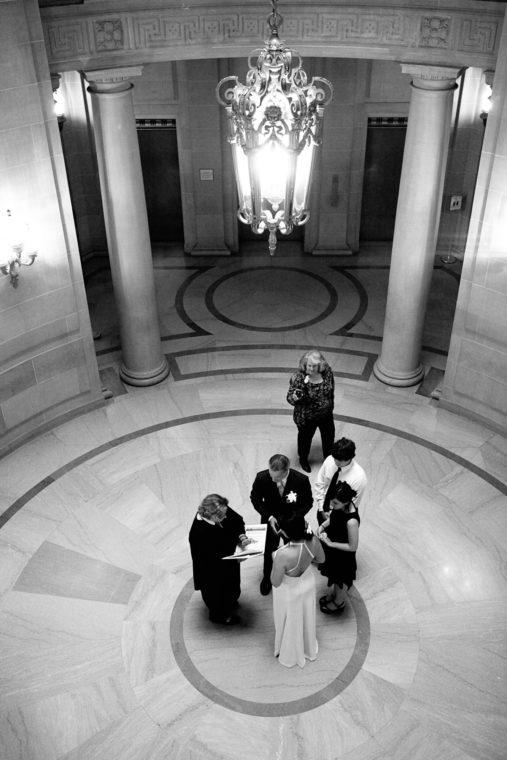 kristina-ian-007-san-francisco-city-hall-san-francisco-wedding-photographer-deborah-coleman-photography-07_20110929KristinaIanWedding096