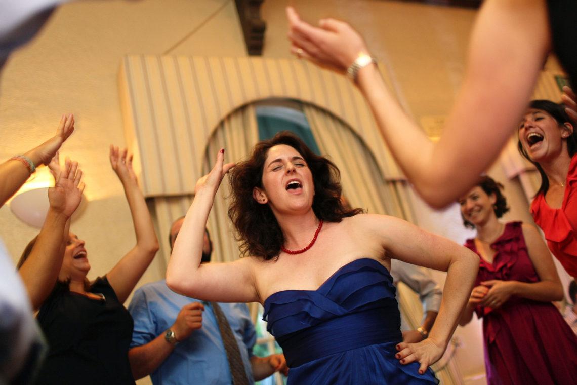 alissa-dan-027-piedmont-community-hall-piedmont-oakland-wedding-photographer-deborah-coleman-photography