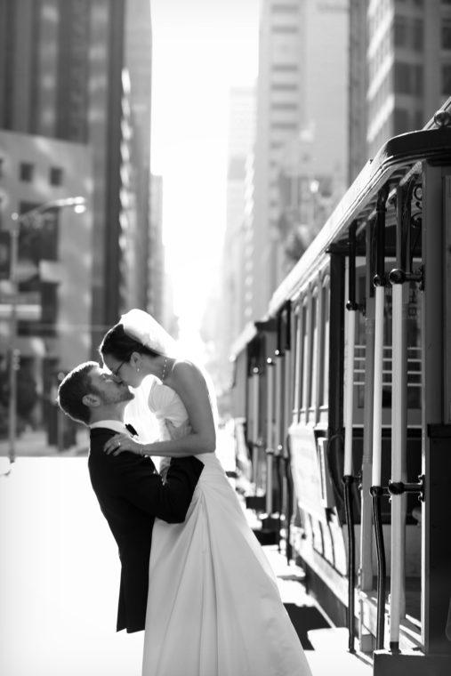 sarah-ben-007-cable-car-trolley-car-city-club-san-francisco-wedding-photographer-deborah-coleman-photography