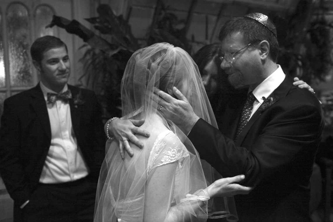 simone-mark-013-san-francisco-conservatory-of-flowers-san-francisco-wedding-photographer-deborah-coleman-photography-13_SanFranciscoConservatoryOfFlowersWeddingSimoneMark_0184