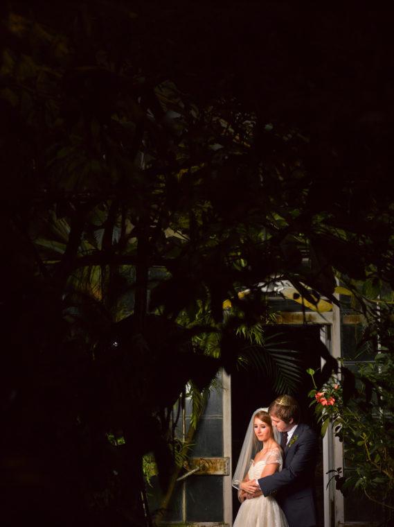 simone-mark-024-san-francisco-conservatory-of-flowers-san-francisco-wedding-photographer-deborah-coleman-photography-24_SanFranciscoConservatoryOfFlowersWeddingSimoneMark_0339