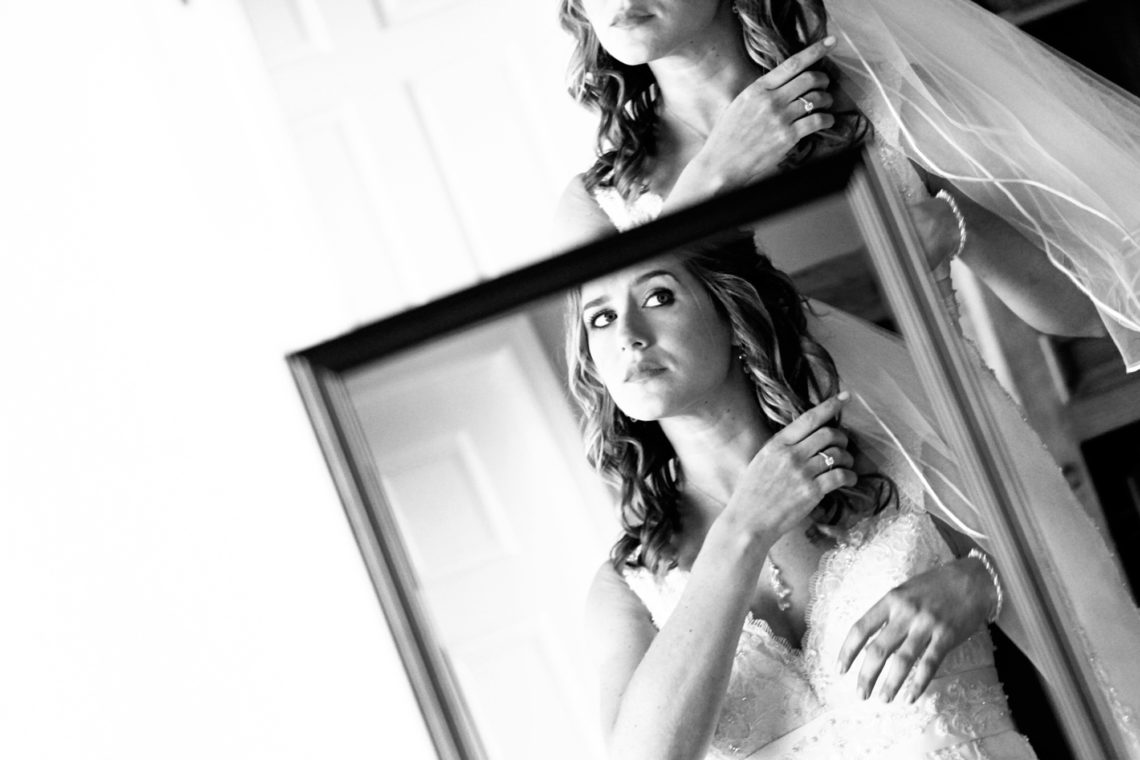 laurie-aviv-001-fogarty-winery-woodside-wedding-photographer-deborah-coleman-photography