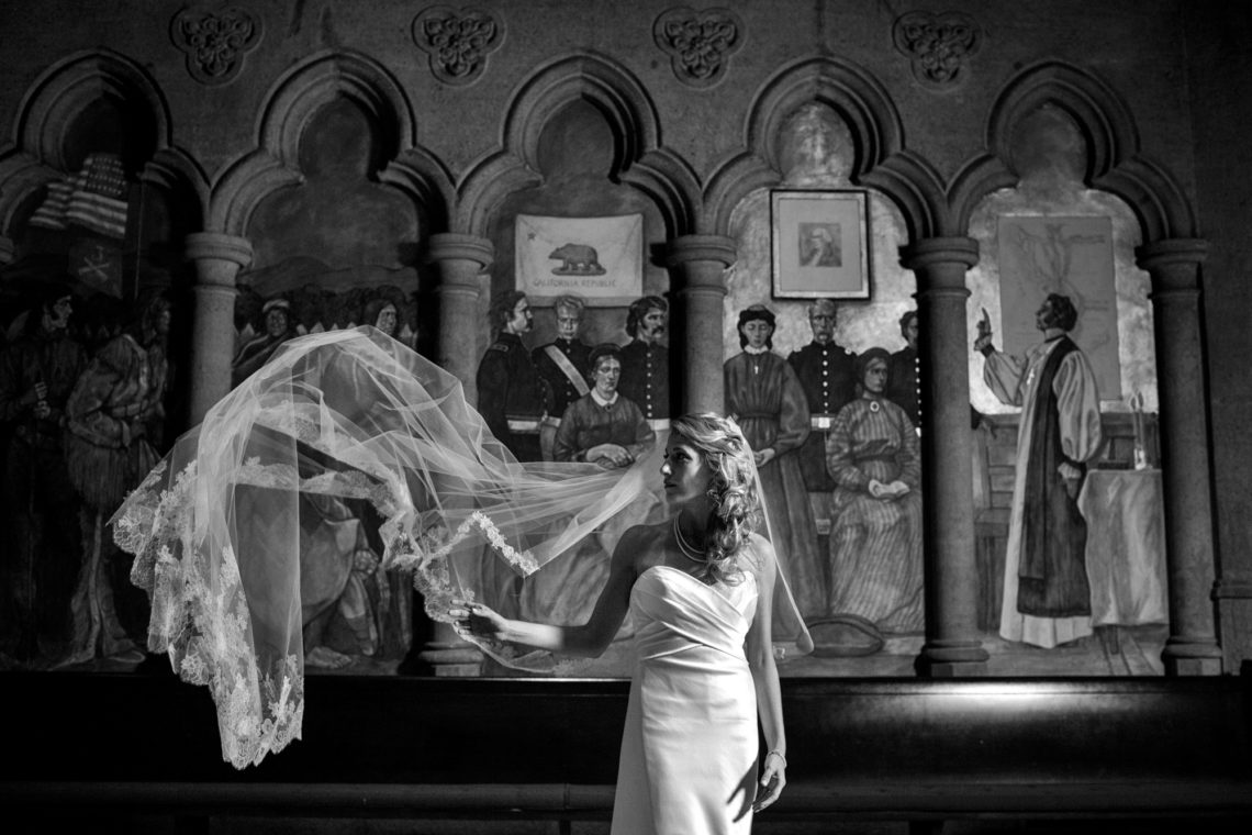 lyndsey-francis-221-grace-cathedral-church-san-francisco-wedding-photographer-deborah-coleman-photography