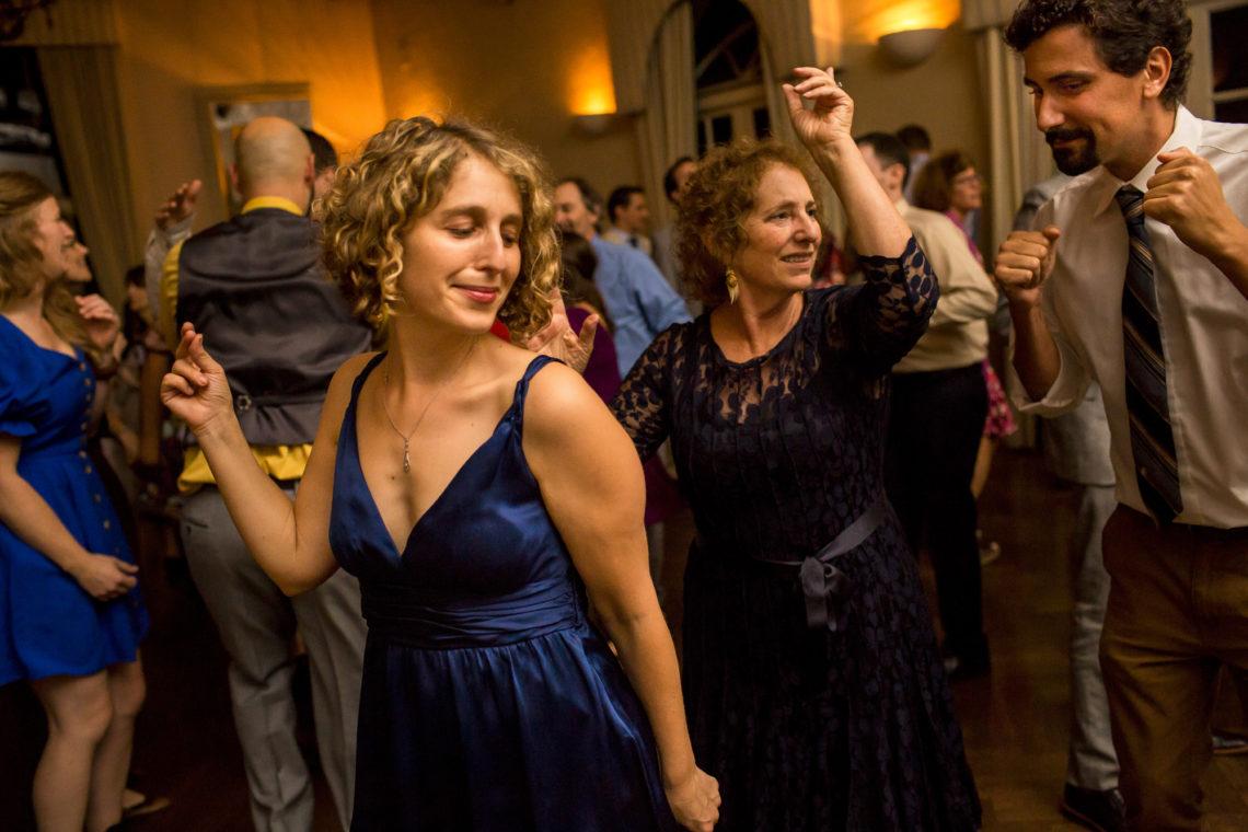 belle-daniel-0741-piedmont-community-hall-piedmont-oakland-wedding-photographer-deborah-coleman-photography