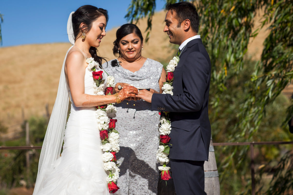 20_linda-nayan-292-nella-terra-cellars-sunol-wedding-photographer-deborah-coleman-photography