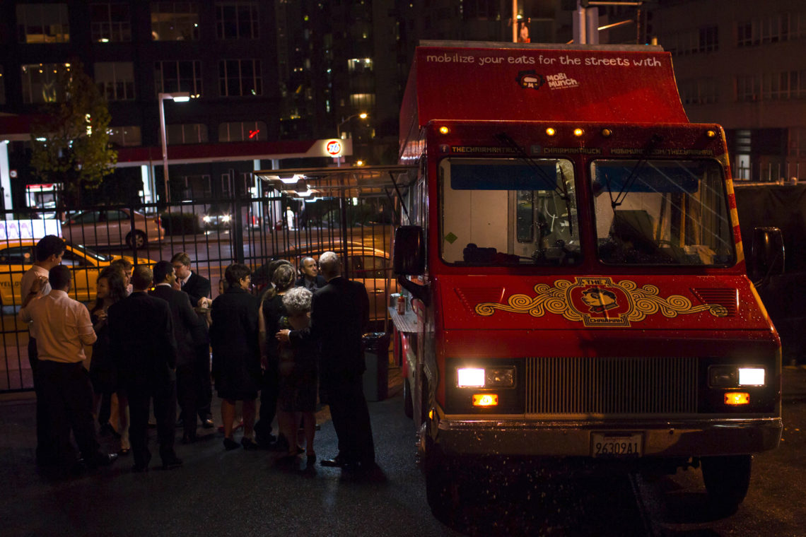 megan-will-049-chairman-mao-food-truck-terra-gallery-san-francisco-wedding-photographer-deborah-coleman-photography