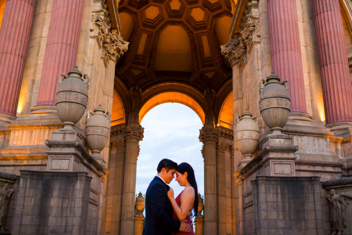 paula-luis-079-palace-of-fine-arts-san-francisco-engagment-proposal-wedding-photographer-deborah-coleman-photography-