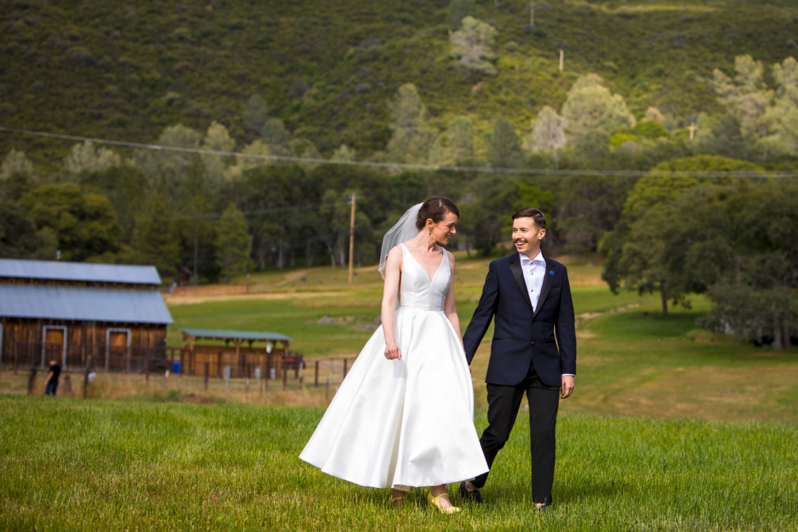 lauren-blaire-243-big-table-ranch-yosemite-coulterville-wedding-photographer-deborah-coleman-photography
