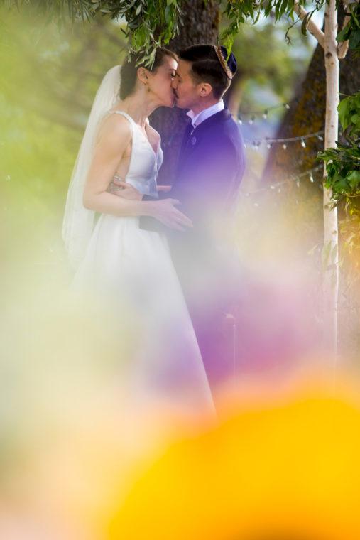 lauren-blaire-408-big-table-ranch-yosemite-coulterville-wedding-photographer-deborah-coleman-photography